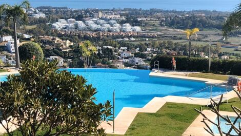 2 bedroom Apartment for sale in Benahavis – R3663692