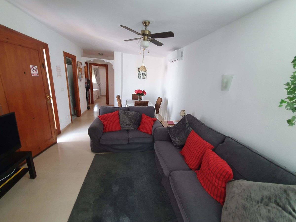 5 bedroom Villa for sale in Calypso – R3680594