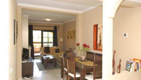 Apartamento de 2 dormitorios en venta en Hacienda del Sol – R3682676 en