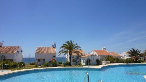 Villa de 3 dormitorios en venta en Marbesa – R3686492 en