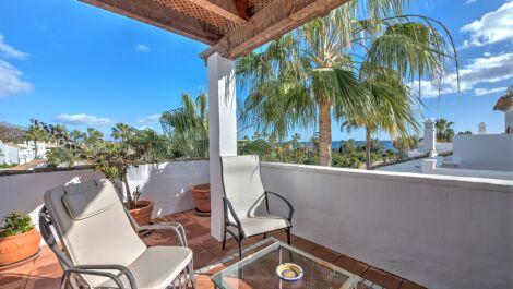 Atico de 3 dormitorios en venta en Costalita – R3077980 en