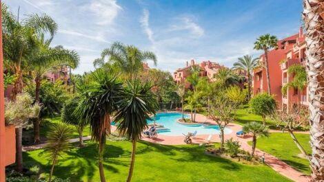 Apartamento de 4 dormitorios en venta en El Rosario – R3232576 en