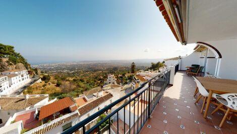 4 bedroom Penthouse for sale in Mijas – R3686537 in