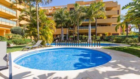 Apartamento de 3 dormitorios en venta en Nueva Milla de Oro – R3215356