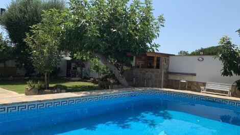 Villa de 4 dormitorios en venta en El Rosario – R3688130 en
