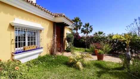 5 bedroom Villa for sale in Mijas Costa – R3385234