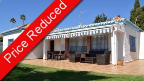 Villa de 3 dormitorios en venta en Mijas Costa – R3302692 en