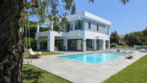 Villa de 4 dormitorios en venta en Hacienda Las Chapas – R2611472 en