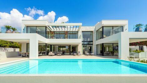 Villa de 4 dormitorios en venta en Marbesa – R3308407 en
