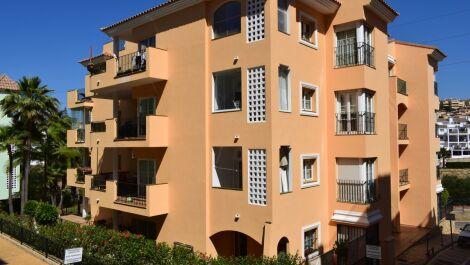 Apartamento de 3 dormitorios en venta en Miraflores – R3192208
