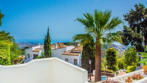 Apartamento de 2 dormitorios en venta en La Mairena – R3719276
