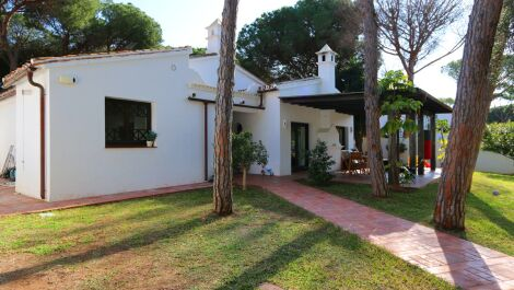 3 bedroom Villa for sale in Elviria – R3641765