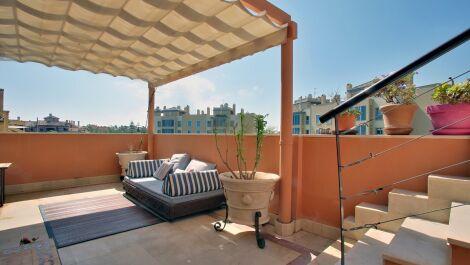 Atico de 5 dormitorios en venta en Sotogrande Puerto – R3606455 in