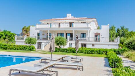 5 bedroom Villa for sale in Guadalmina Alta – R3704048