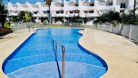 3 bedroom Penthouse for sale in Calahonda – R3709385 in