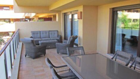 Apartamento de 3 dormitorios en venta en Costalita – R3700019