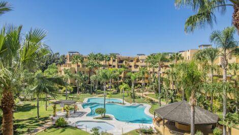 Apartamento de 2 dormitorios en venta en Costalita – R3704480 en