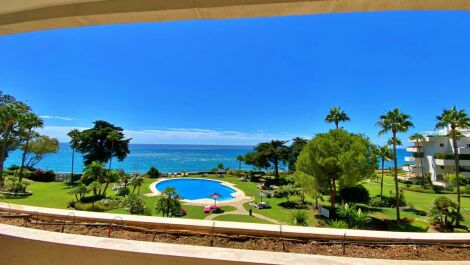 3 bedroom Apartment for sale in Estepona – R3701396 in