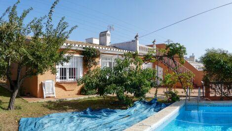 Villa de 4 dormitorios en venta en Calypso – R3712568 en
