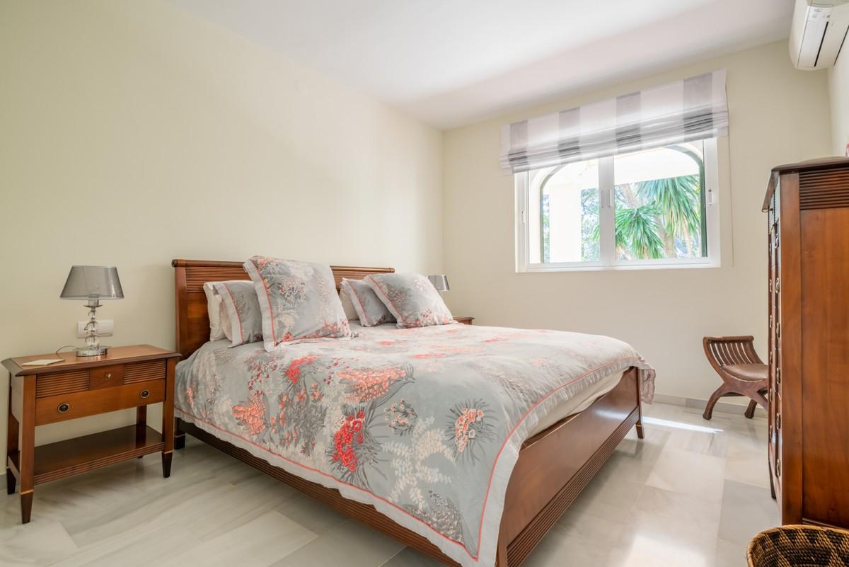 Villa de 3 dormitorios en venta en Sotogrande – R3716111