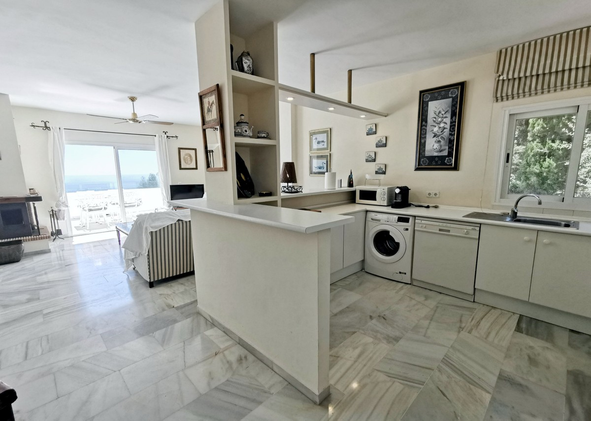 2 bedroom Penthouse for sale in La Mairena – R3680528