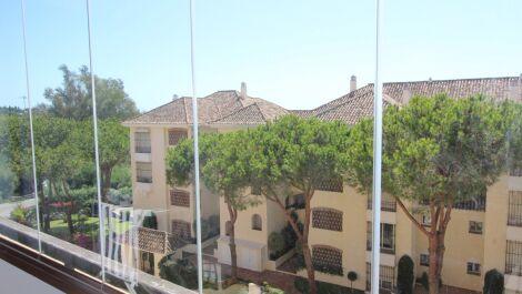 3 bedroom Apartment for sale in Elviria – R3688697