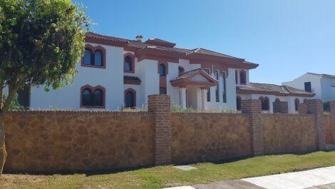 Villa de 6 dormitorios en venta en Sotogrande – R3650675 en