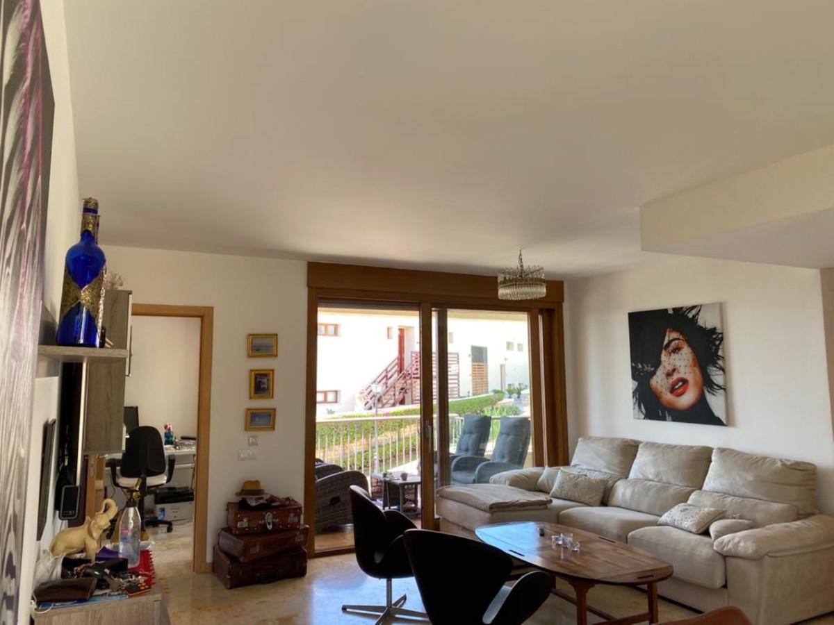 3 bedroom Apartment for sale in Altos de los Monteros – R3700196