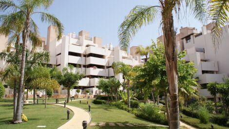 Apartamento de 2 dormitorios en venta en Nueva Milla de Oro – R3568819