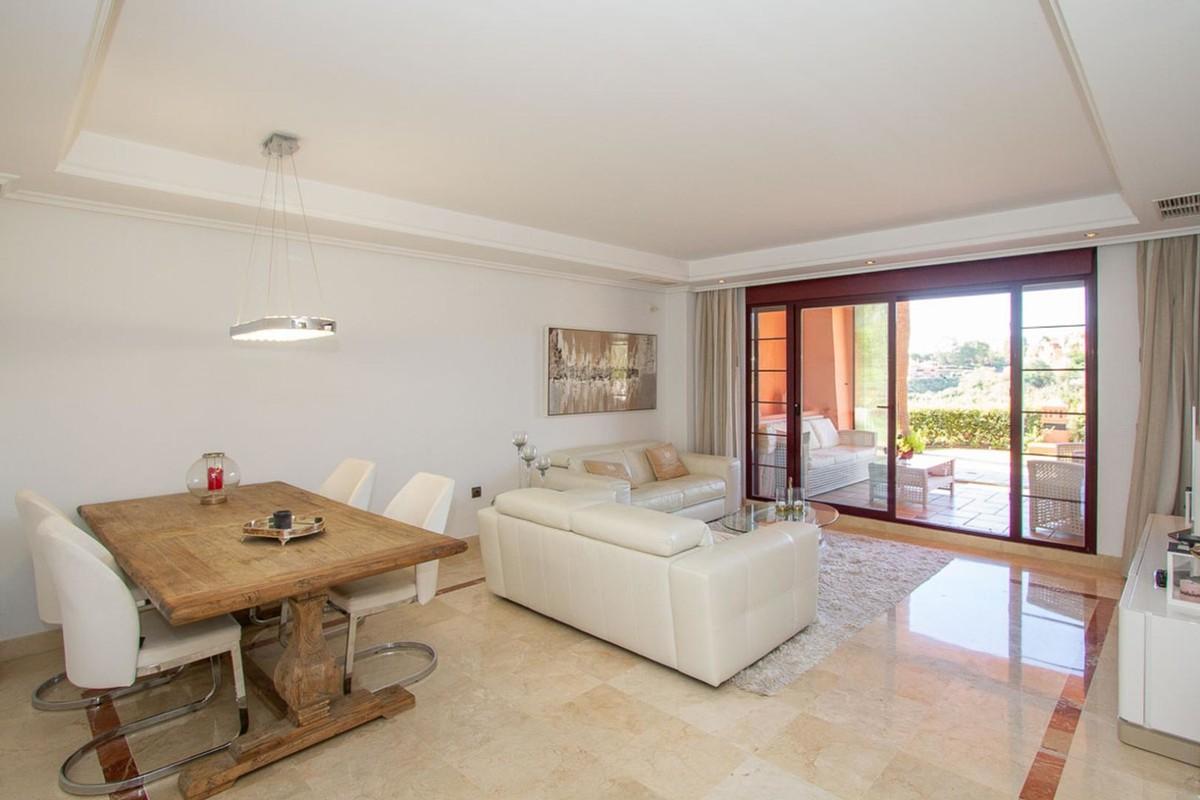 Apartamento de 2 dormitorios en venta en La Mairena – R3703166