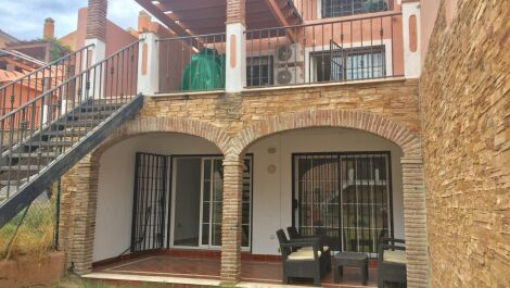 4 bedroom Townhouse for sale in Riviera del Sol – R3713135