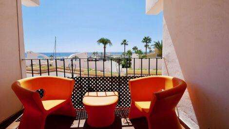 Apartamento de 2 dormitorios en venta en Cabopino – R2569781 en