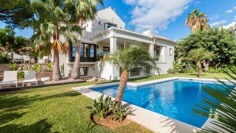 4 bedroom Villa for sale in Guadalmina Alta – R3716033