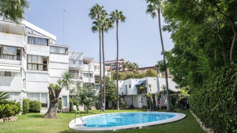 2 bedroom Penthouse for sale in Marbella – R3713390 in