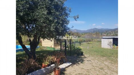 2 bedroom Finca for sale in Estepona – R3386212