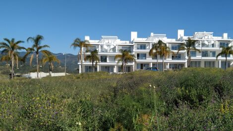 2 bedroom Penthouse for sale in Estepona – R3324112