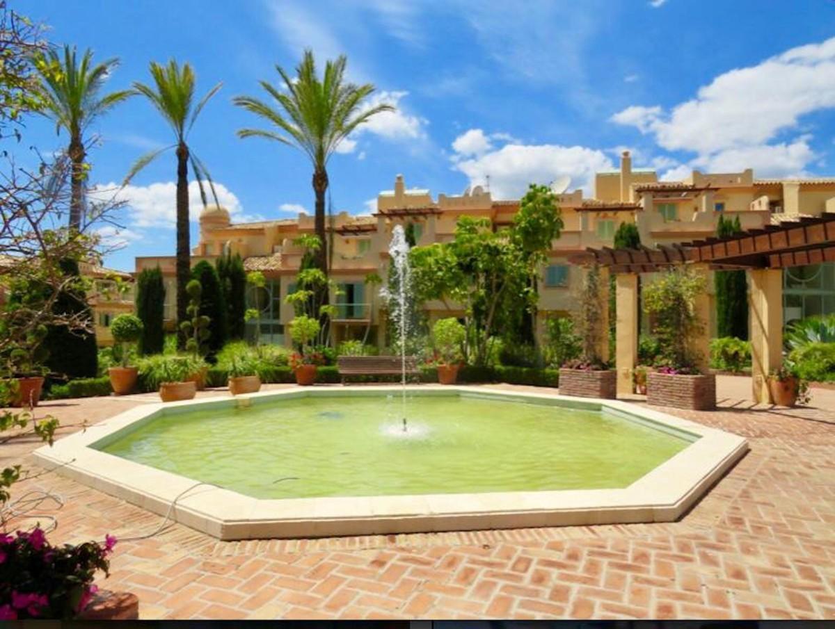 2 bedroom Apartment for sale in Los Flamingos – R3366067