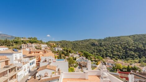 3 bedroom Apartment for sale in Benahavis – R3385078 in