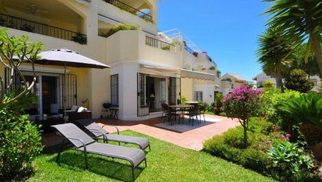 2 bedroom Apartment for sale in Elviria – R3388276
