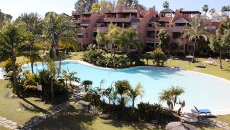 2 bedroom Penthouse for sale in Guadalmina Baja – R2538293 in
