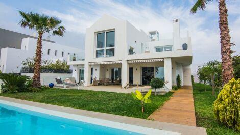 Villa de 4 dormitorios en venta en La Mairena – R3062476 en