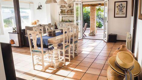 Villa de 3 dormitorios en venta en Mijas Costa – R3309025 en