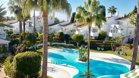 4 bedroom Townhouse for sale in Sierra Blanca – R3734902 in