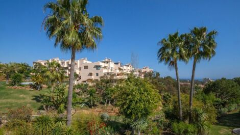 3 bedroom Apartment for sale in Elviria – R3741541 in