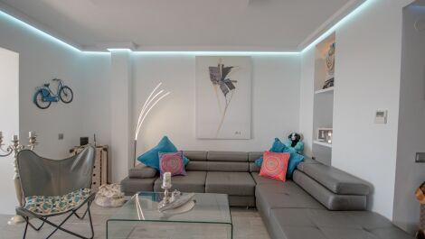 2 bedroom Apartment for sale in Elviria – R3740461 in