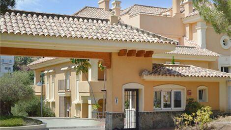 Apartamento de 3 dormitorios en venta en Sotogrande Alto – R3638120 en