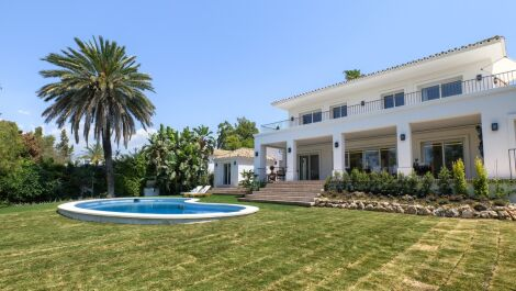 4 bedroom Villa for sale in Guadalmina Alta – R3733087