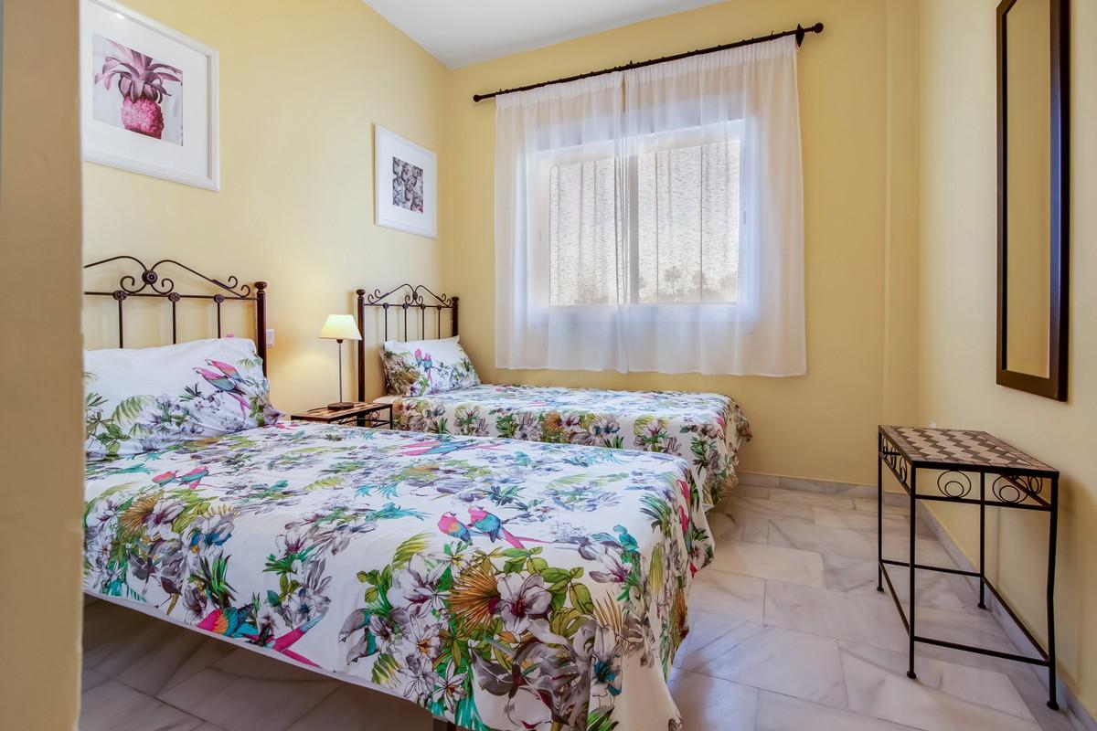 2 bedroom Penthouse for sale in Las Chapas – R3607616