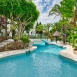 4 bedroom Penthouse for sale in Elviria – R3711263