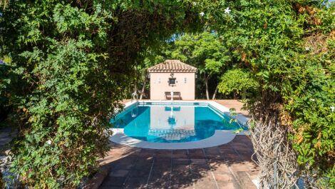 Villa de 4 dormitorios en venta en Sotogrande Costa – R3727870 en